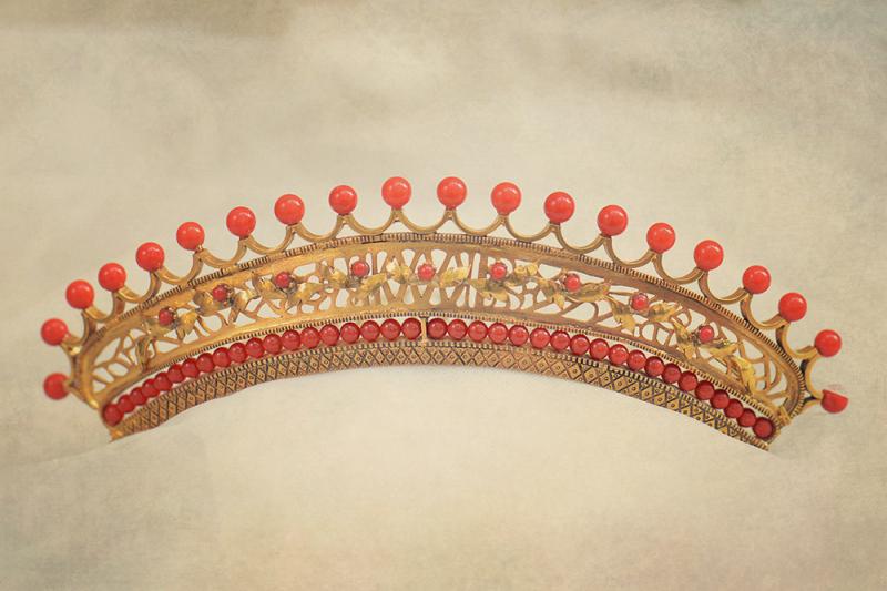 tiara-diccionari-vintage-by-lopez-linares-1