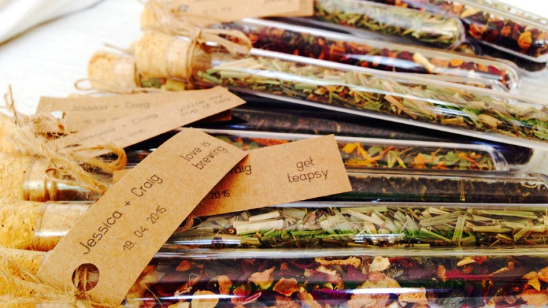 Personalise your wedding favours