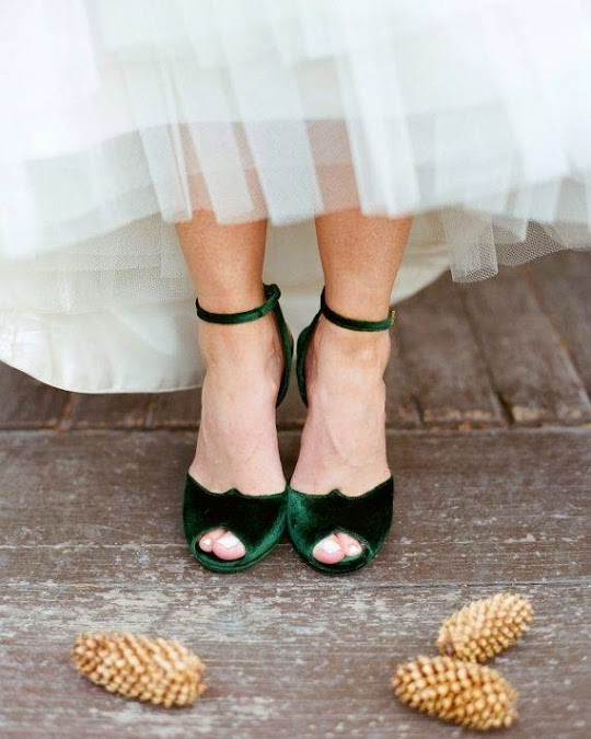 Deep green velvet shoes