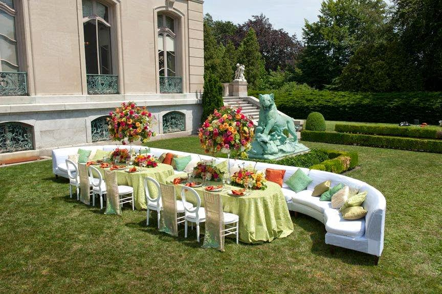 Outdoor wedding reception styling