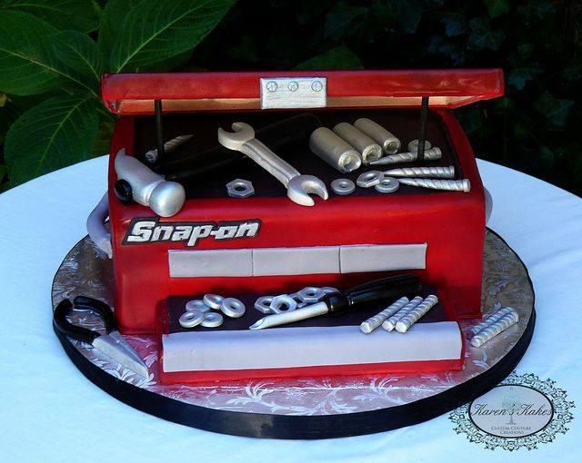 Toolbox wedding cake