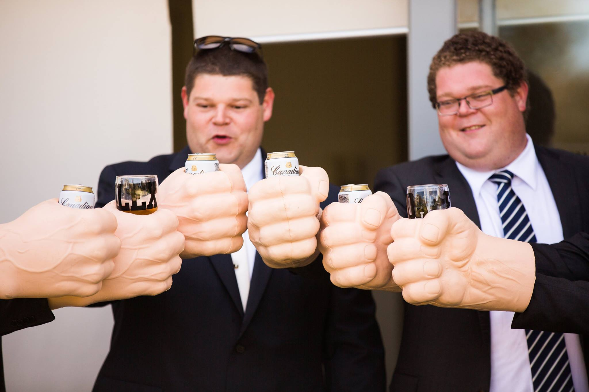 wedding fun groomsmen