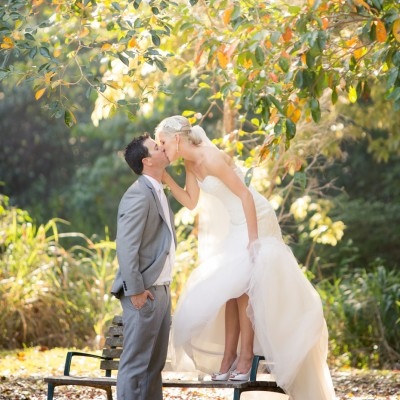 Kate_Rowan_Vintage-Beach-Wedding_400
