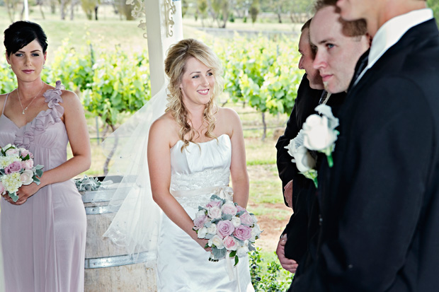 Jacqueline_Lachlan_Vintage-Country-Wedding_016