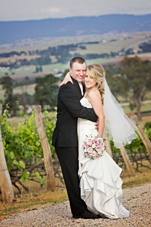 Jacqueline_Lachlan_Vintage-Country-Wedding_309_034