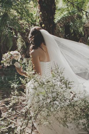 Jessica_Patrick_Vintage-Garden-Wedding_309_051