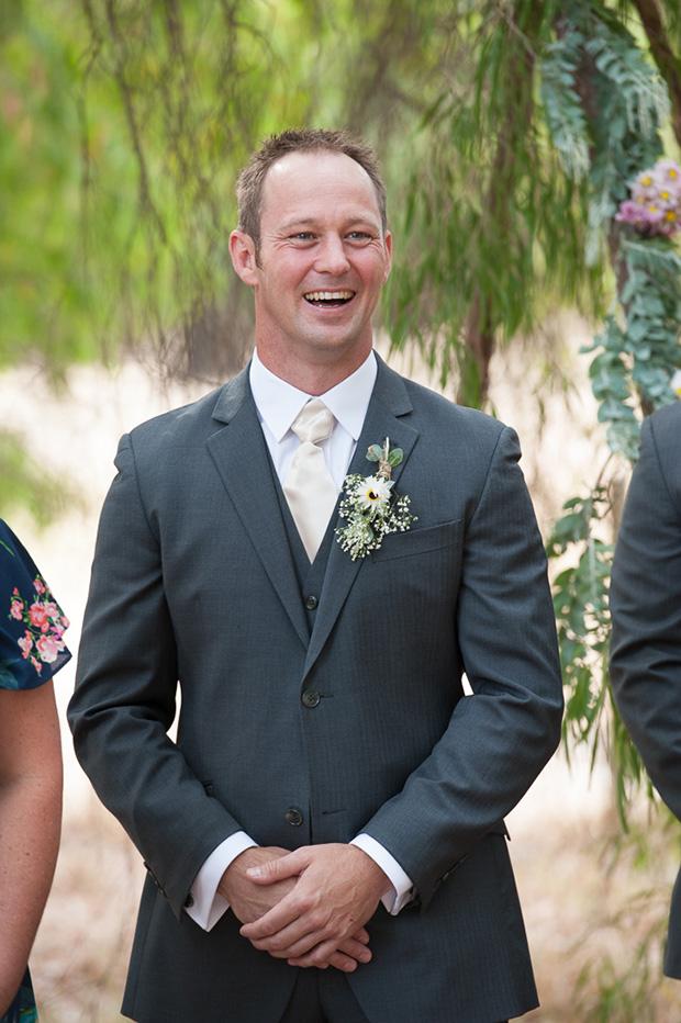 Chelsea_Shannon_Rustic-Wedding_018