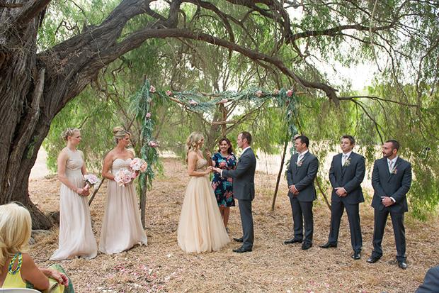 Chelsea_Shannon_Rustic-Wedding_019