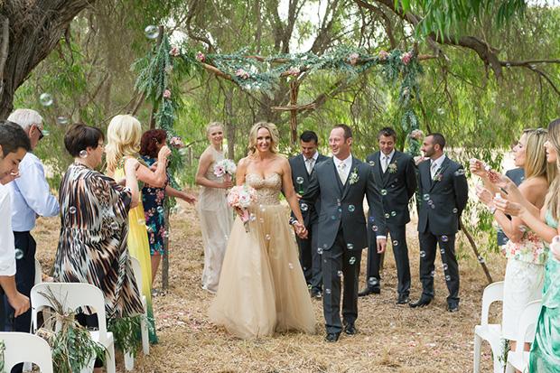 Chelsea_Shannon_Rustic-Wedding_023