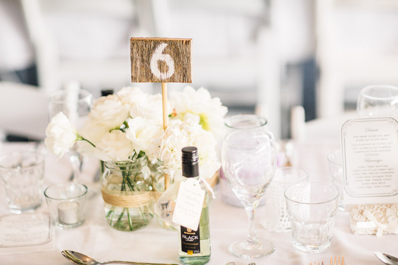 Vanessa_Mark_Rustic-Wedding_017