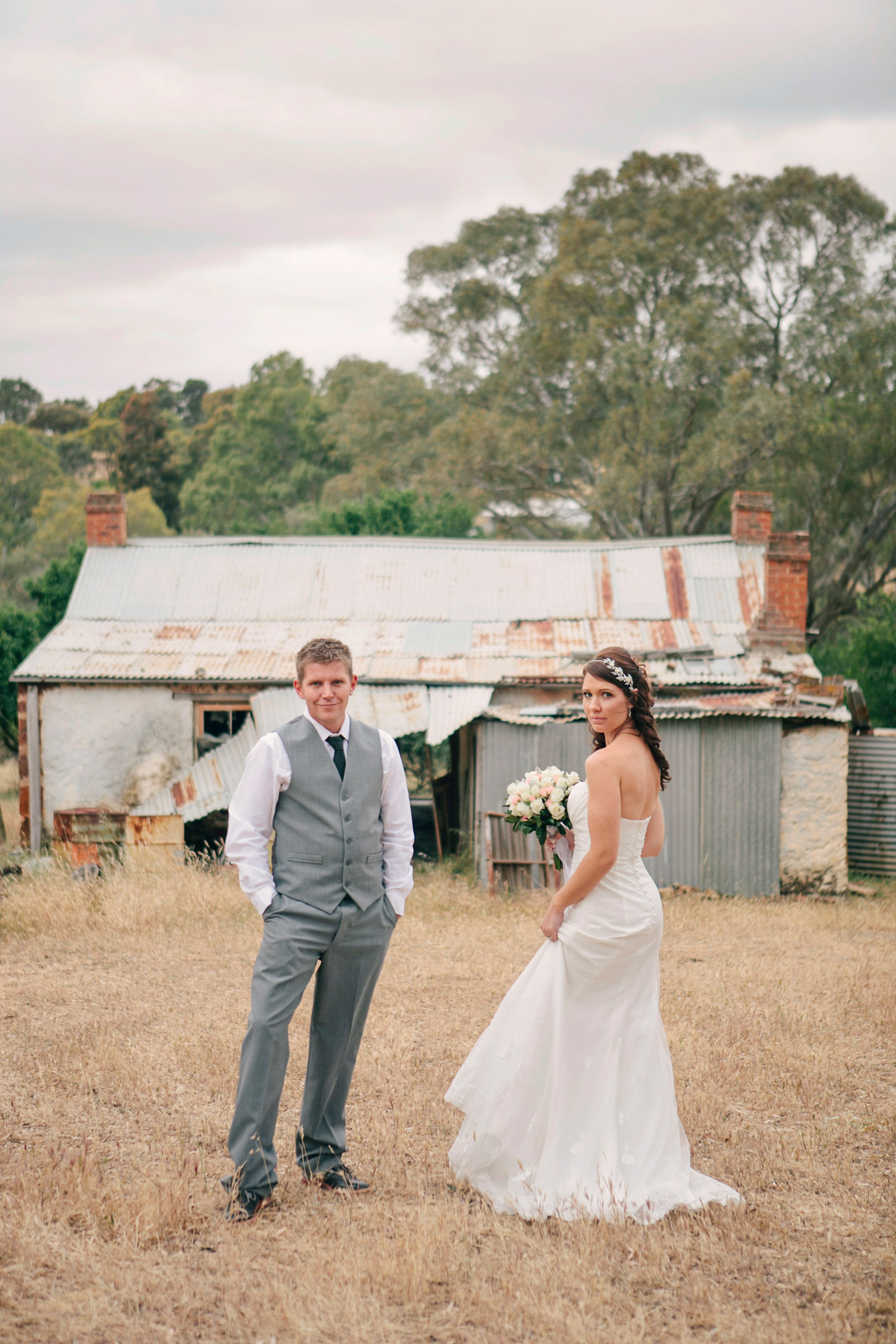 Jane_Chris_Vintage-Rustic-Wedding_061