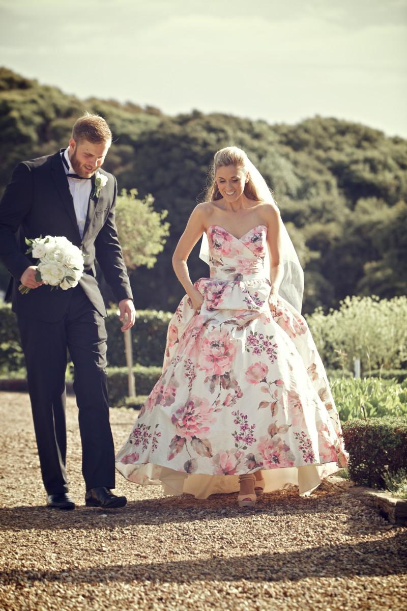 Rhianna_John_Elegant-Wedding_022