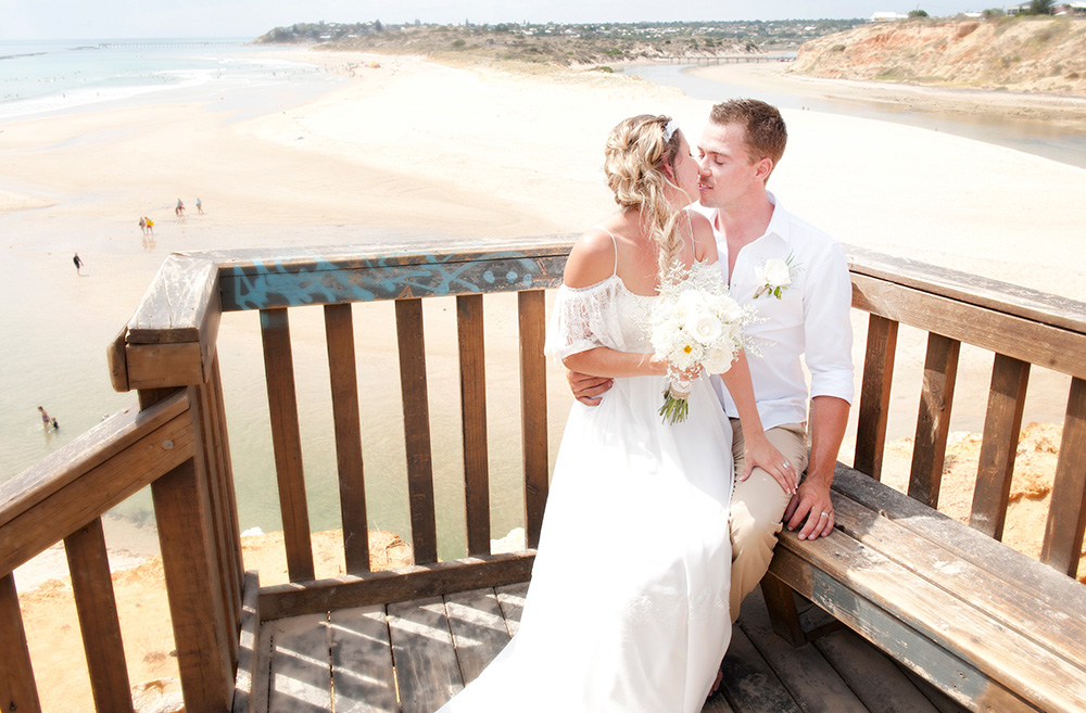 Tahnee_Trav_Beach-Wedding_028