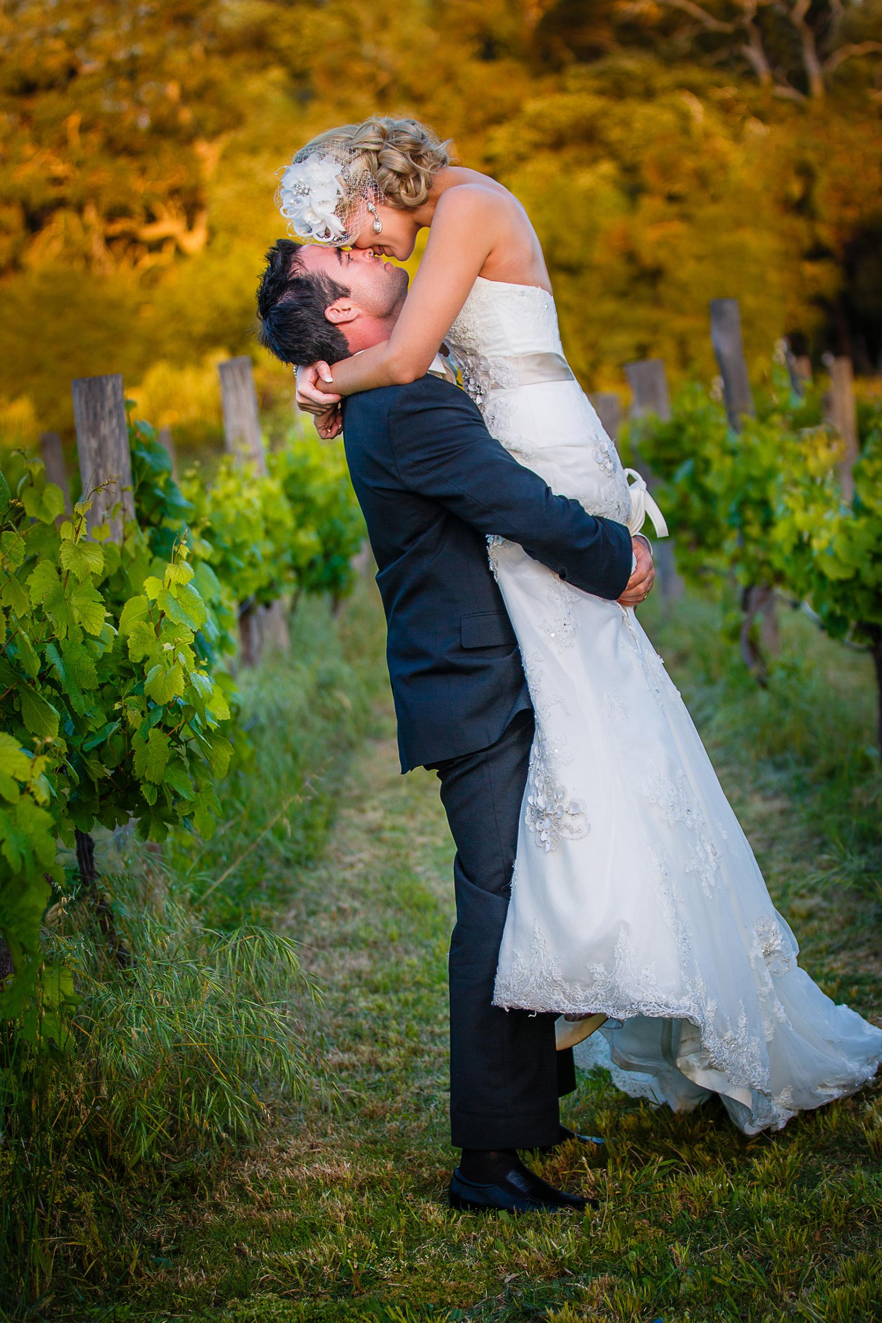Aimee_Brett_Modern-Vintage-Wedding_003