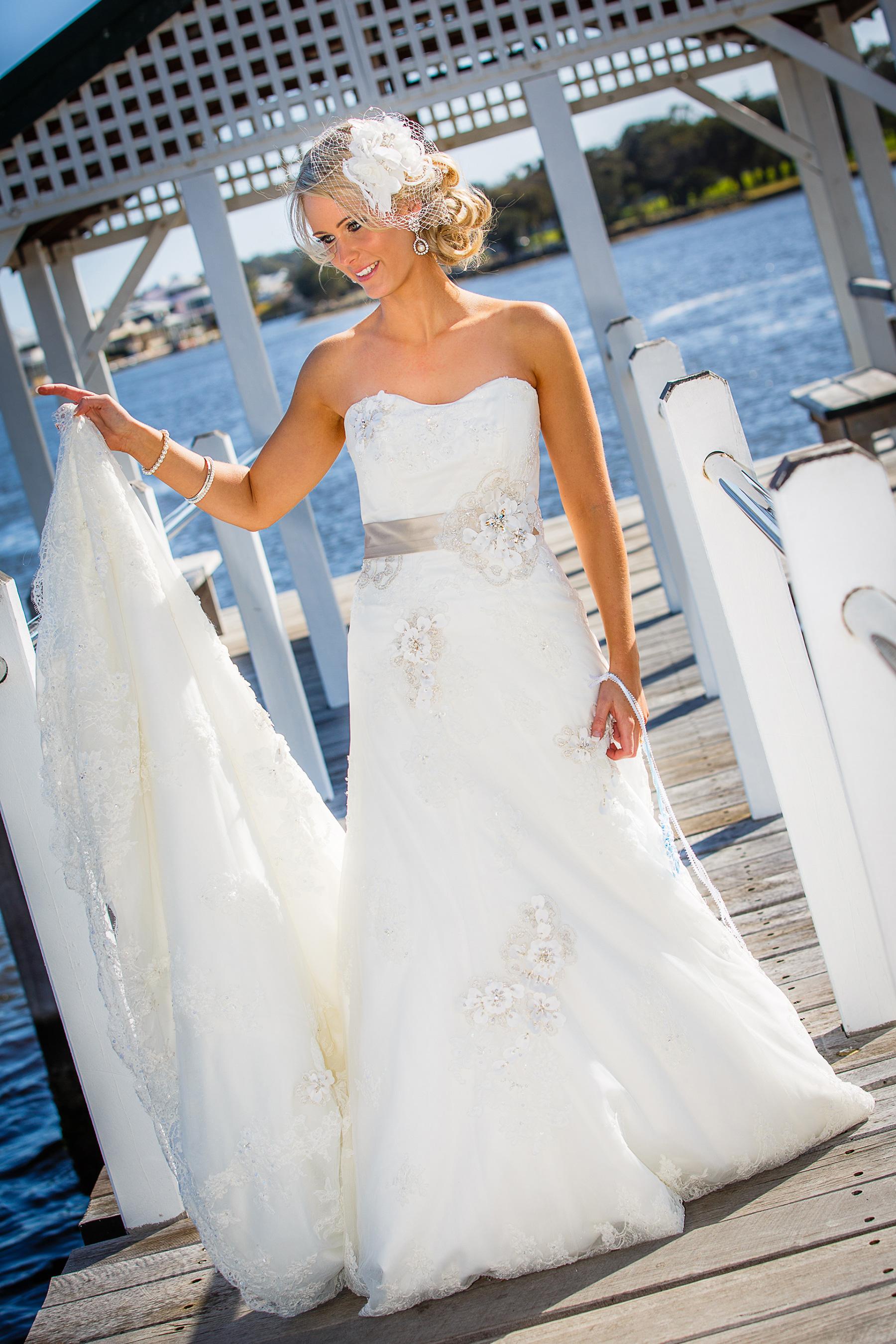 Aimee_Brett_Modern-Vintage-Wedding_010
