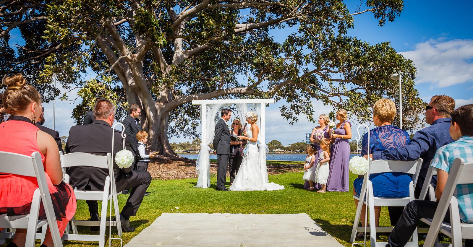 Aimee_Brett_Modern-Vintage-Wedding_031