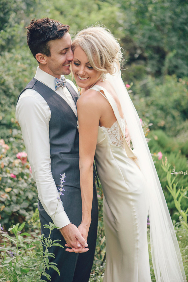 Brodie_Adam_Garden-Wedding_027