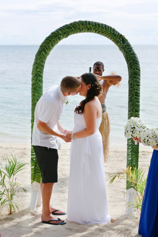 Chantelle_Ben_Fiji-Wedding_SBS_007