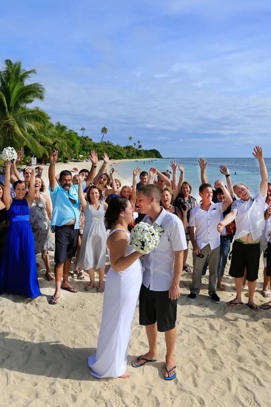 Chantelle_Ben_Fiji-Wedding_SBS_008