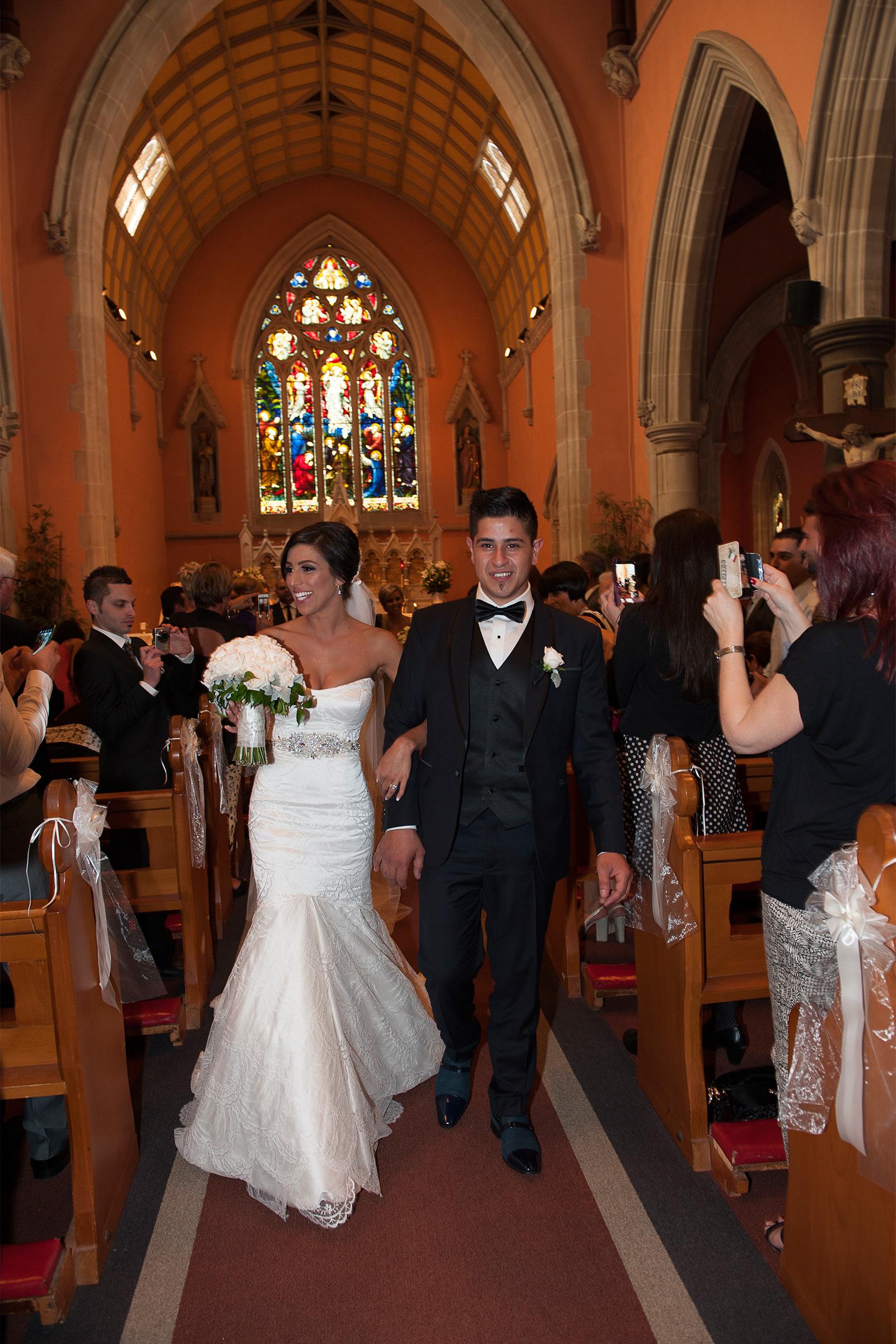 Claudia_Matt_Classic-Wedding_SBS_019
