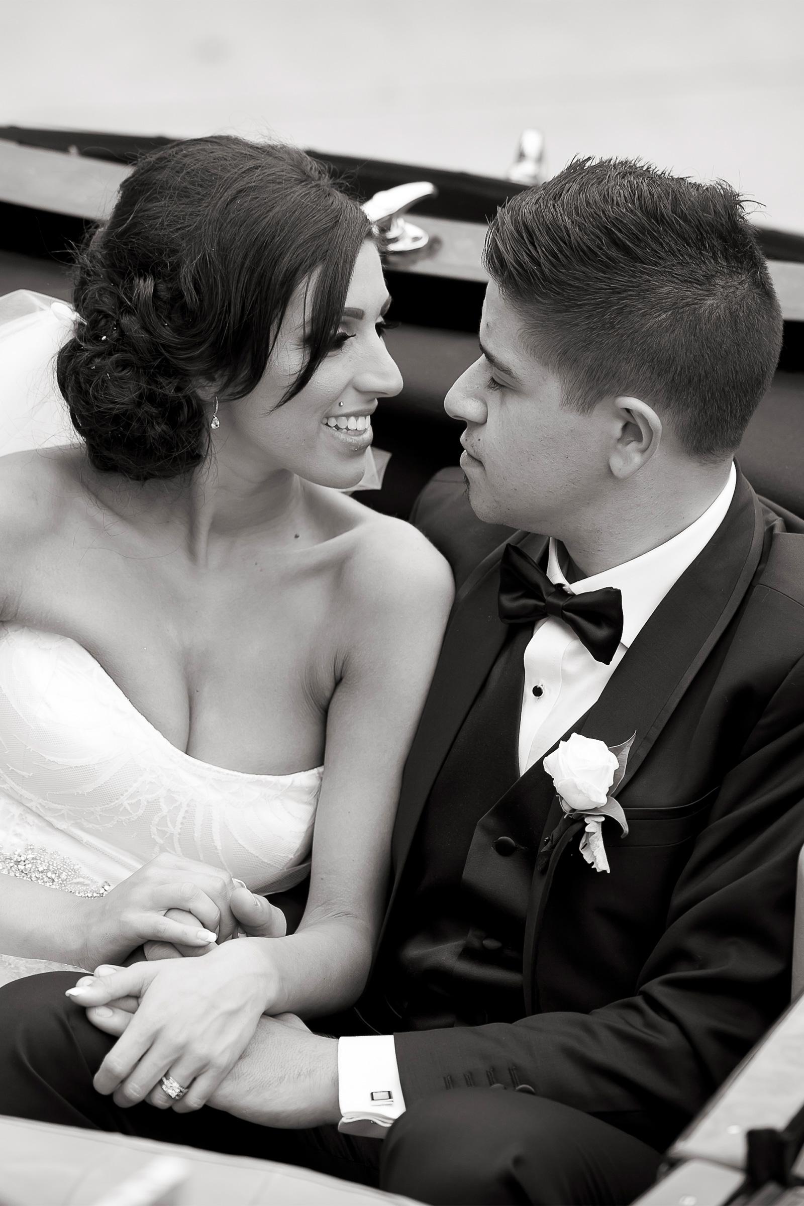 Claudia_Matt_Classic-Wedding_SBS_023