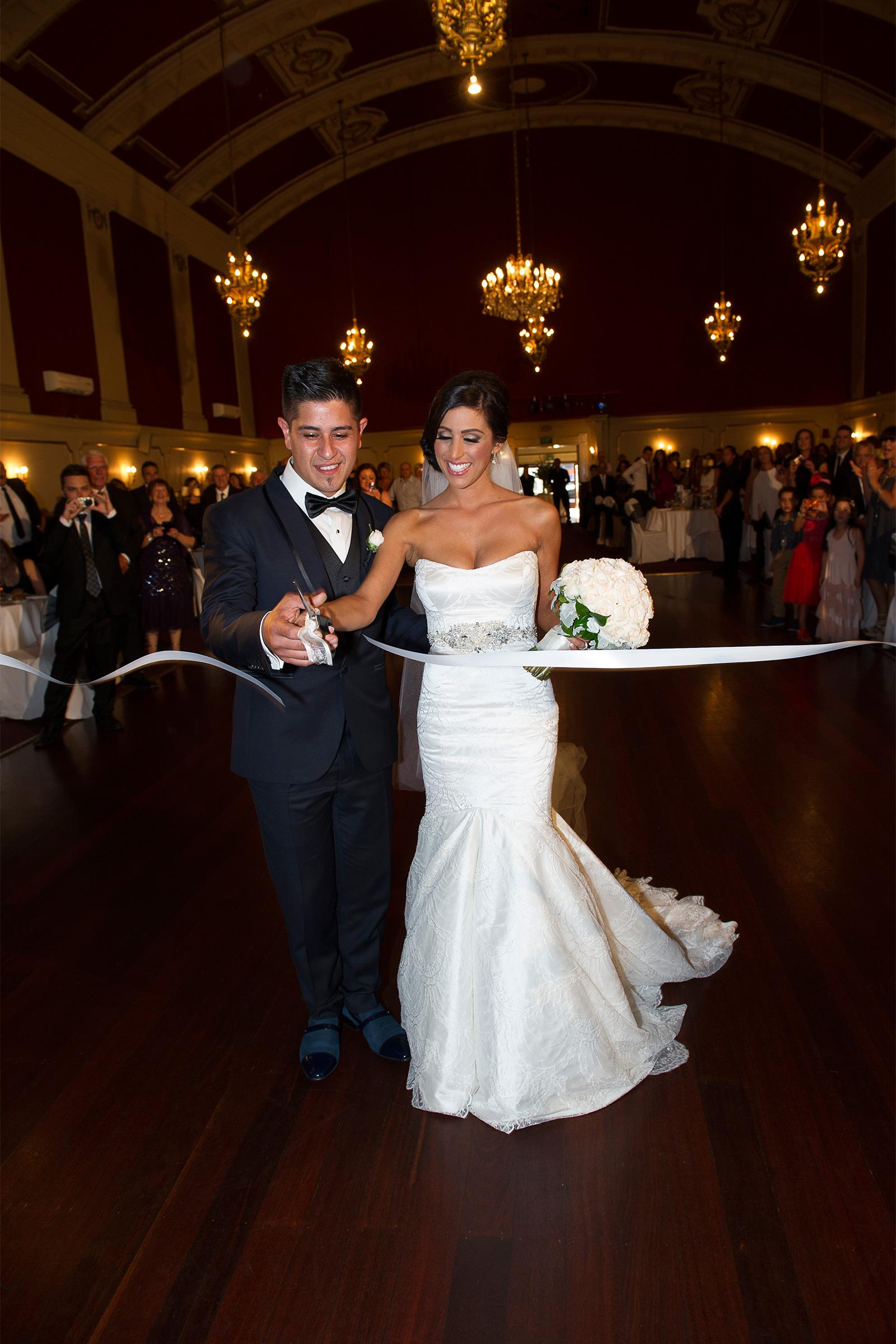 Claudia_Matt_Classic-Wedding_SBS_035
