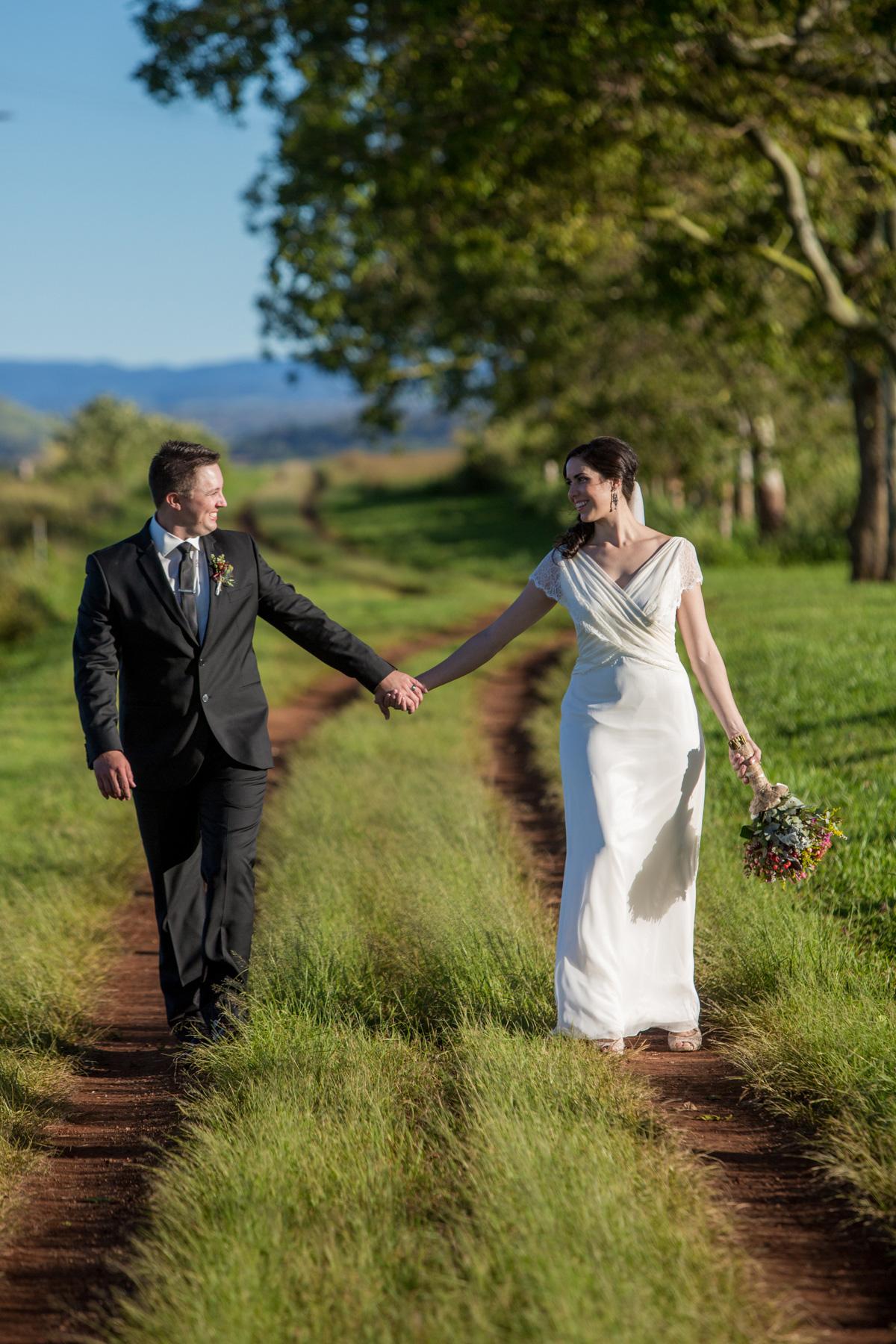 Jenna_Ray_Rustic-Wedding_028