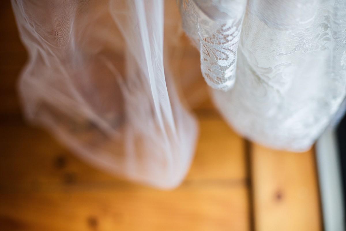 Kate_Stuart_Rustic-Wedding_006