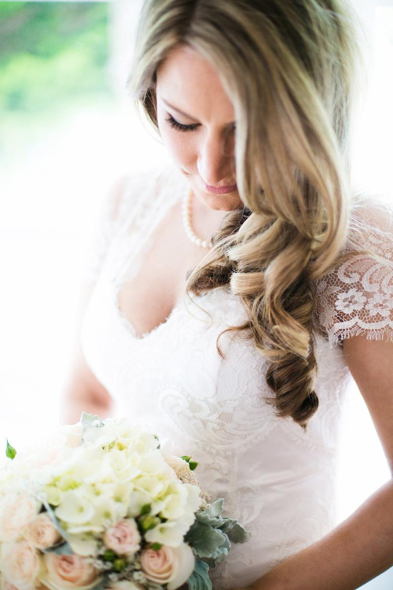 Kate_Stuart_Rustic-Wedding_011