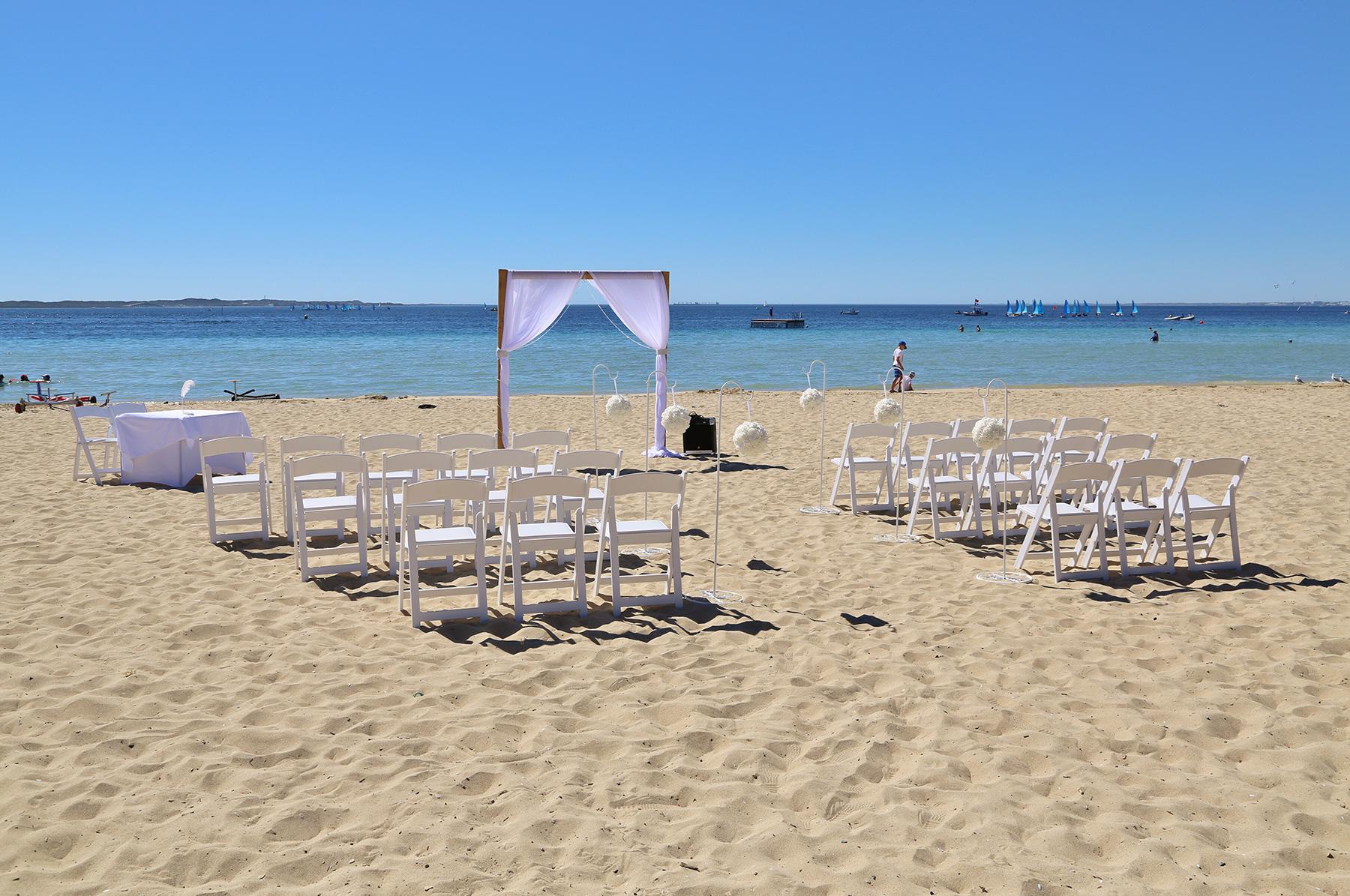 Kim_James_Beach-Wedding_004