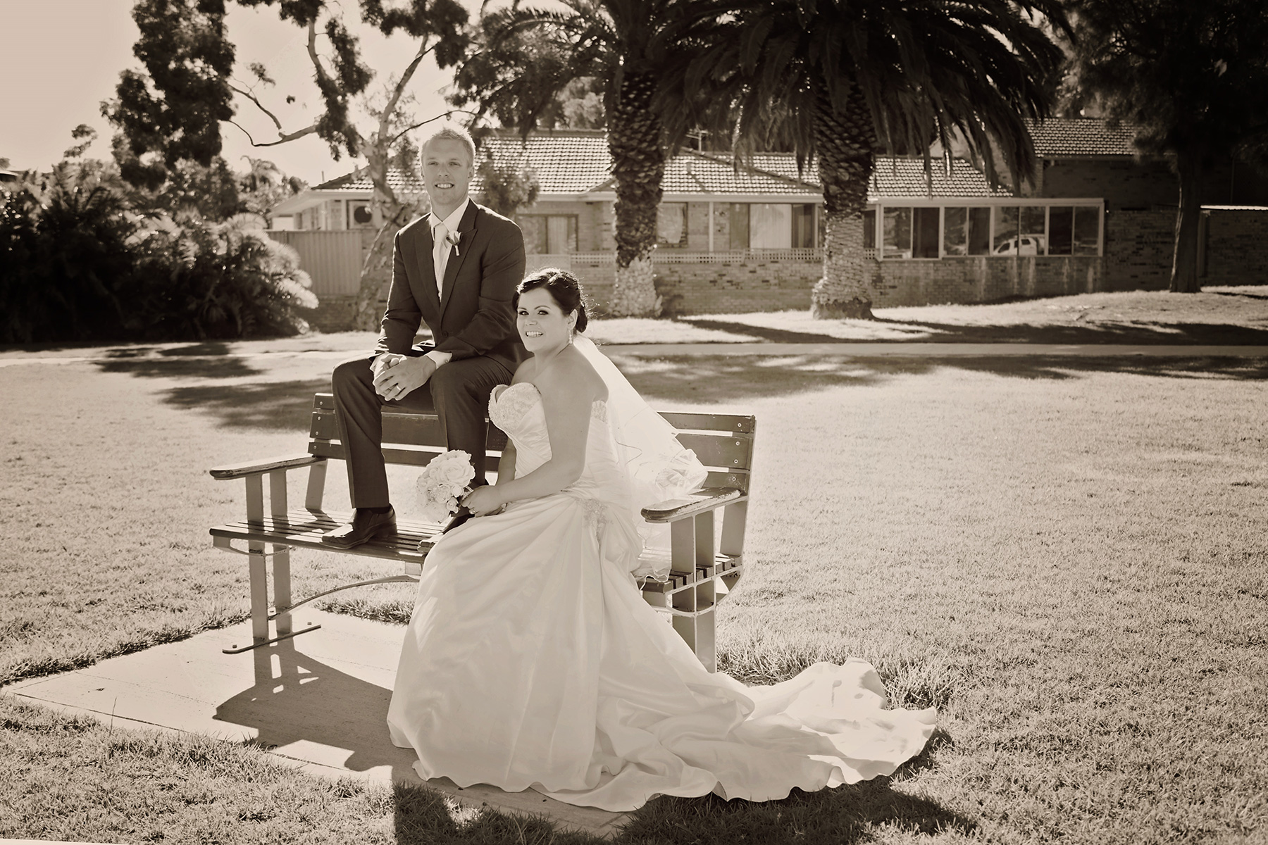Kim_James_Beach-Wedding_011