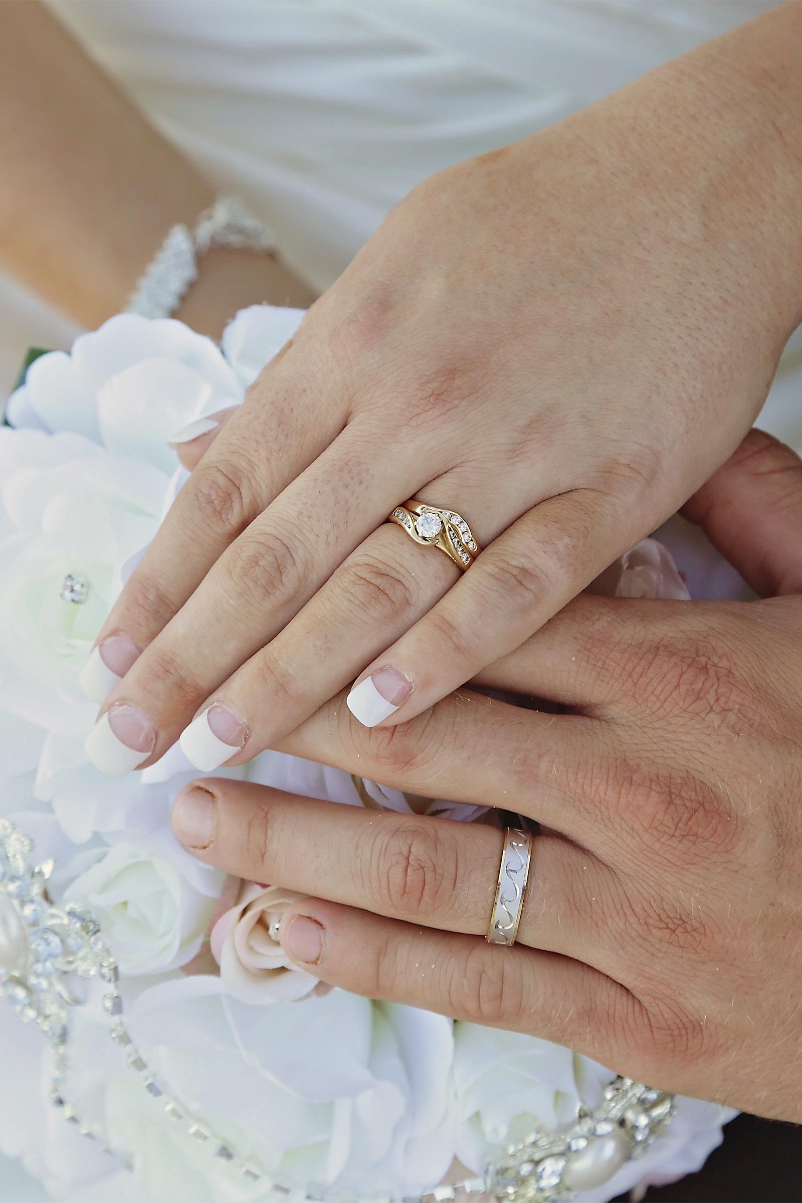 Kim_James_Beach-Wedding_SBS_019