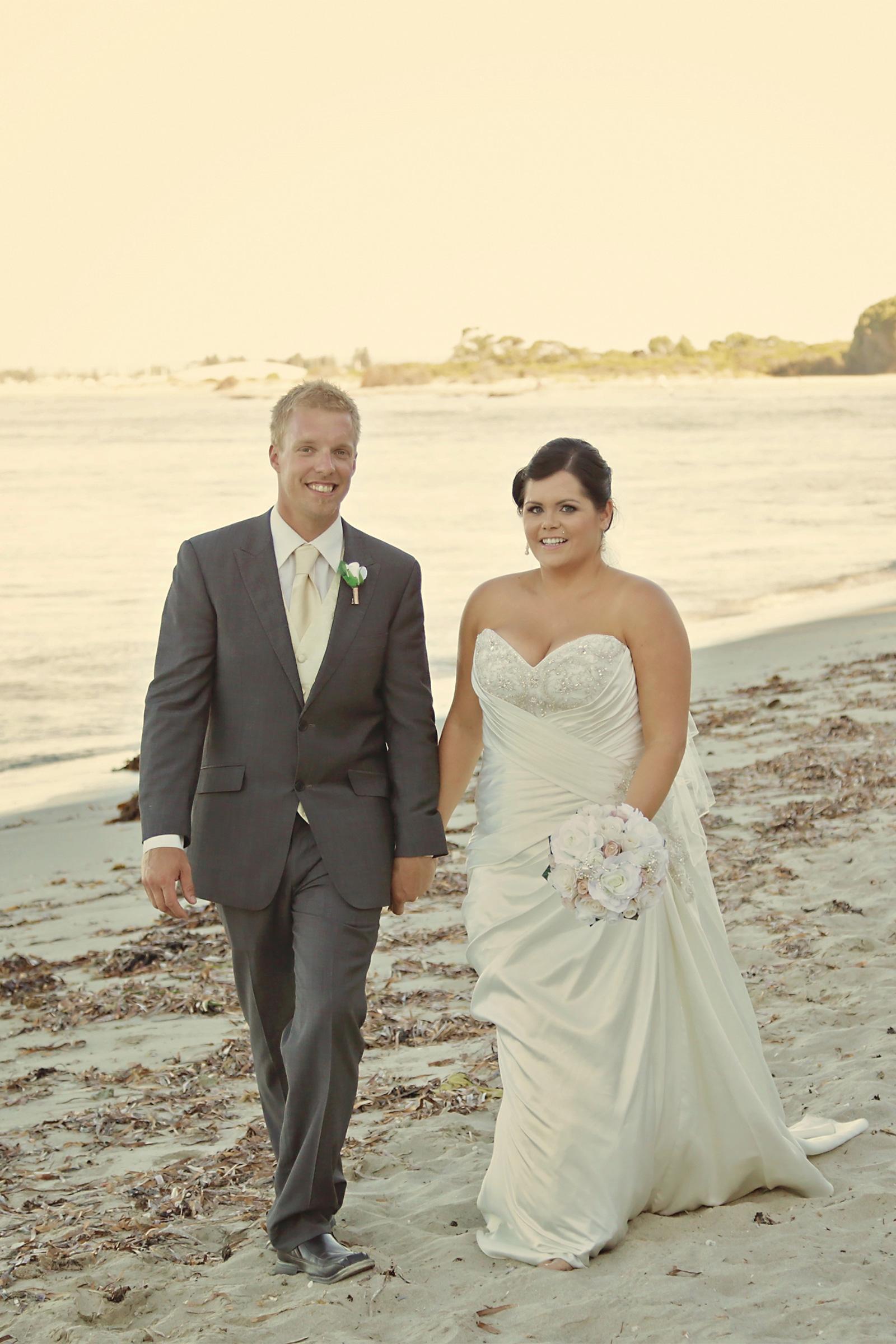 Kim_James_Beach-Wedding_SBS_022