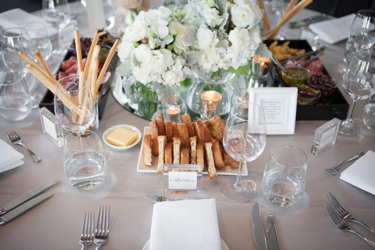 Lauren_Jacob_Elegant-Wedding_024
