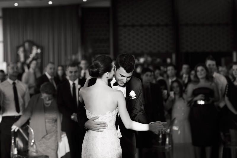 Lauren_Jacob_Elegant-Wedding_029