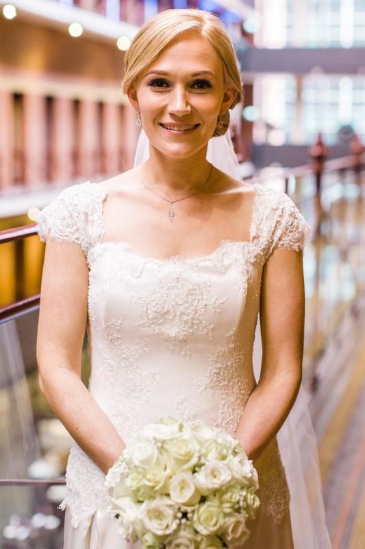 Lizzi_Joel_Classic-Wedding_SBS_003