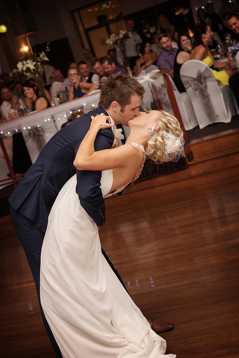 Melissa_Clint_Classic-Wedding_027