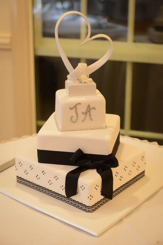 Aimee_James_Modern-Vintage-Wedding_SBS_022