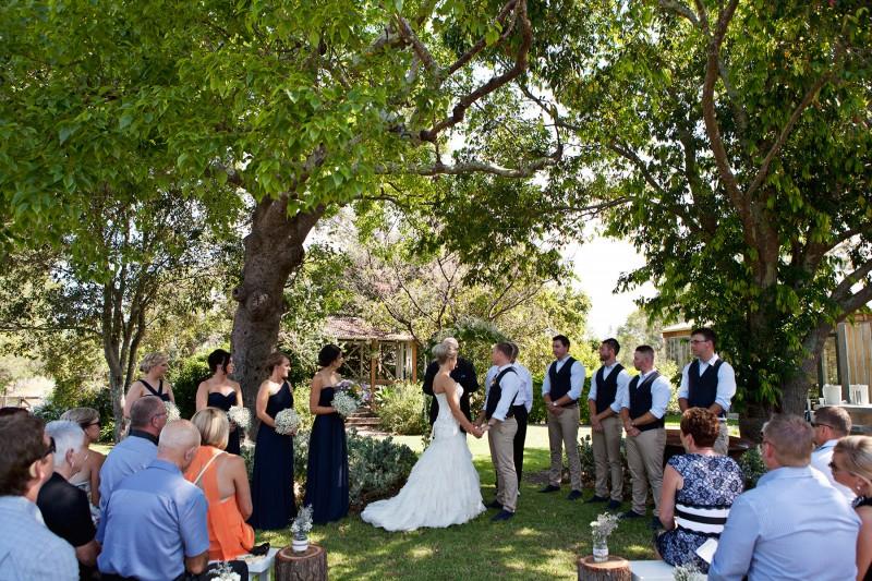 Amba_Robbie_Garden-Party-Wedding_015