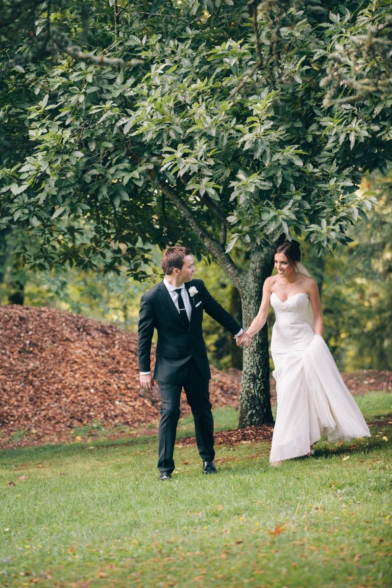 Carly_Mark_Daylesford-Wedding_023
