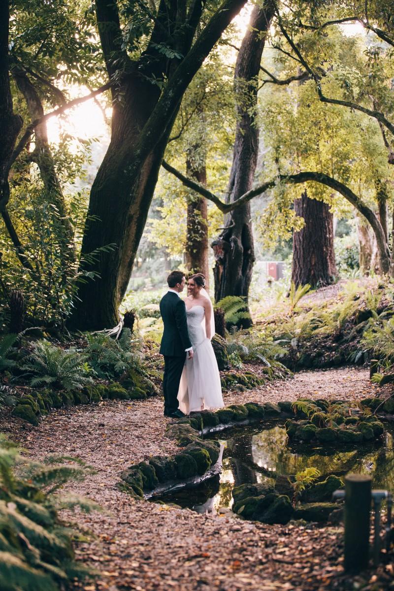 Carly_Mark_Daylesford-Wedding_024