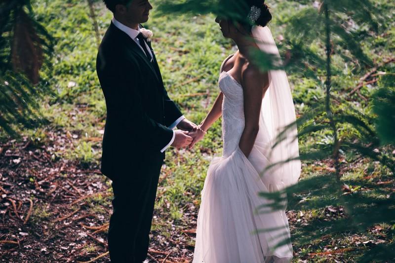 Carly_Mark_Daylesford-Wedding_028
