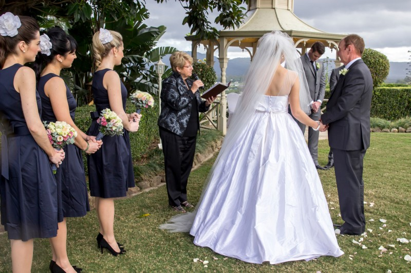 Emily_Brad_Garden-Wedding_010