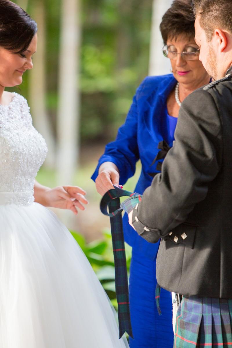 Jane_Dougie_Scottish-Wedding_010