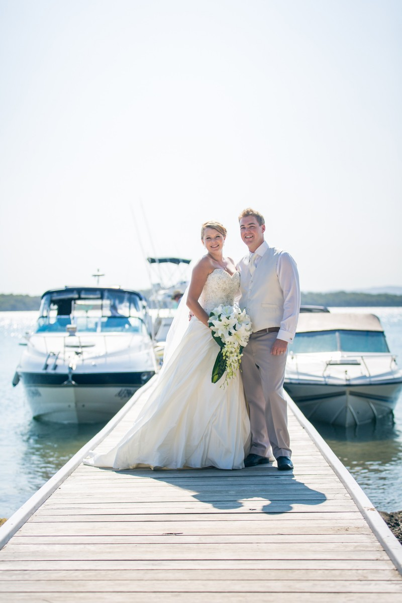 Jennifer_Adam_Lakeside-Wedding_018