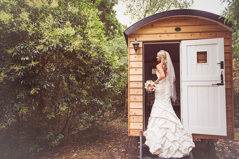 Johanna_Dean_Rustic-Wedding_008