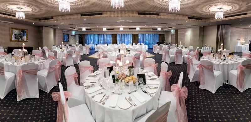 Karisa_Brendan_Elegant-Wedding_034
