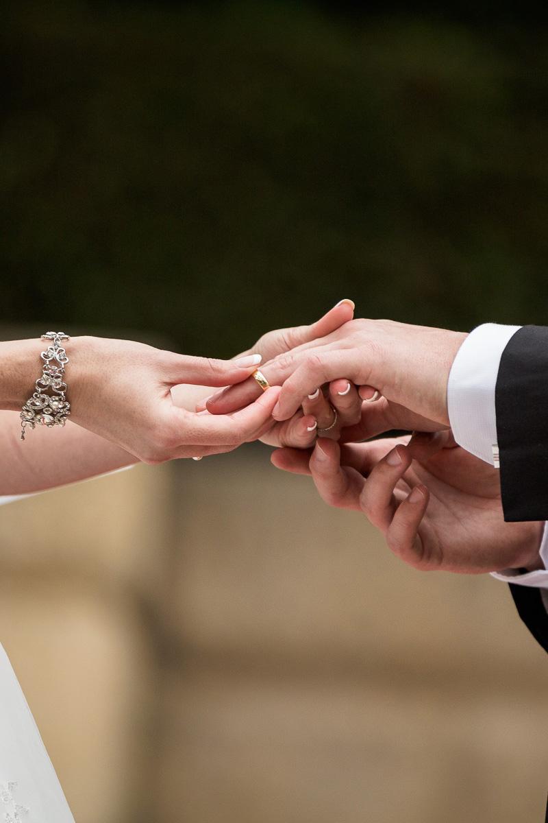 Kia_Jeremy_Garden-Wedding_SBS_008