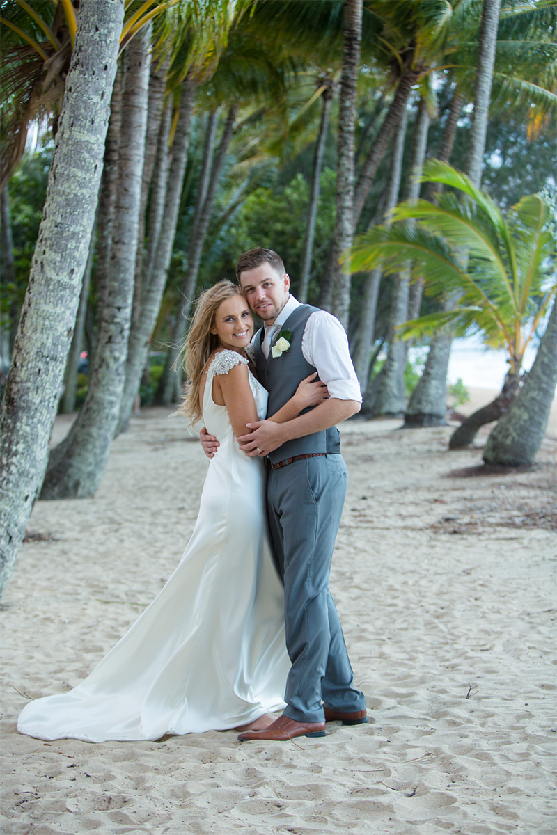 Kirsty_Cameron_Vintage-Beach-Wedding_SBS_026