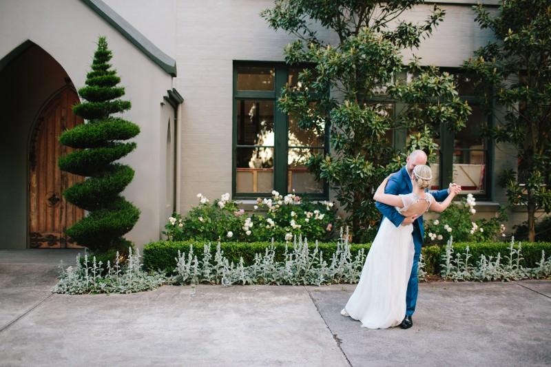 Lara_Cardin_Modern-Vintage-Wedding_044